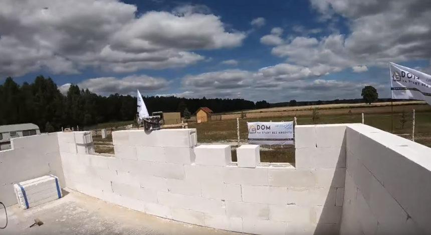 Poradnik budowy domu, odcinek 10, murowanie ścian nośnych z gazobetonu. Jak wymurować ściany? odcinek 2